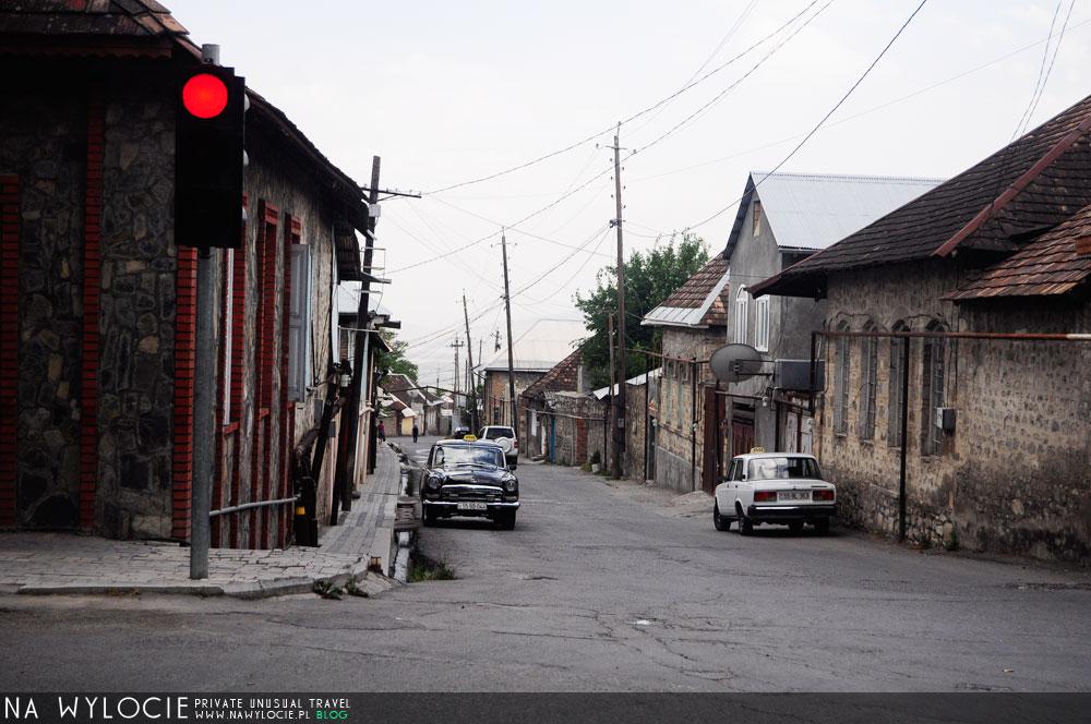 azer49