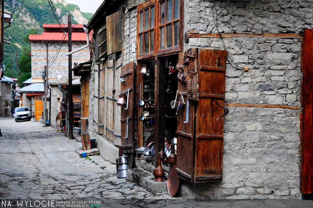 azer59