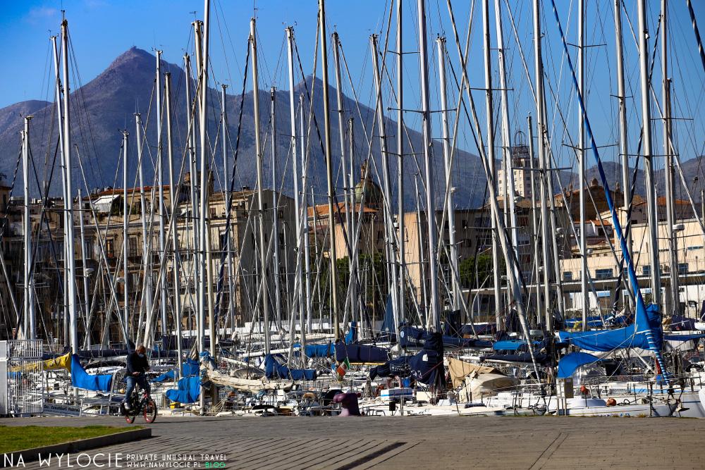 Atrakcje Palermo: port La Cala