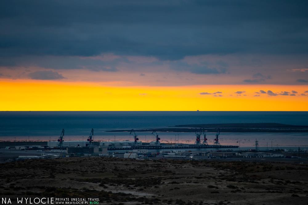 Wulkany błotne - wschód słońca